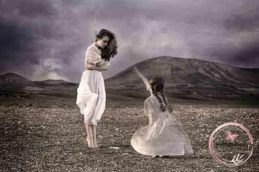 «Amo la fantasía. Amo la imaginación, ese es el niño interior que hay en mí». Hannah John-Kamen.